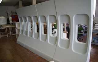 Allestimento scenografico parete aereo in polistirolo