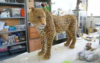 Replica di leopardo in polistirolo