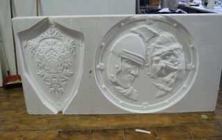 scudo e stemma in polistirolo