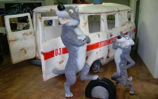 Particolare allestimento Masha e orso per area giochi bambini
