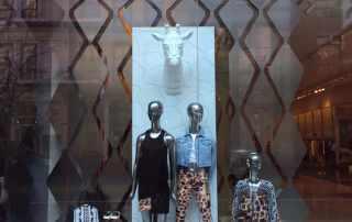 Repliche 3D di animali per vetrina boutique Roberto Cavalli