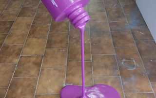 Mockup boccetta smalto per international lacquers