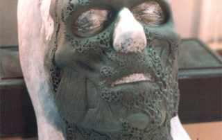 scultura protesi zombie
